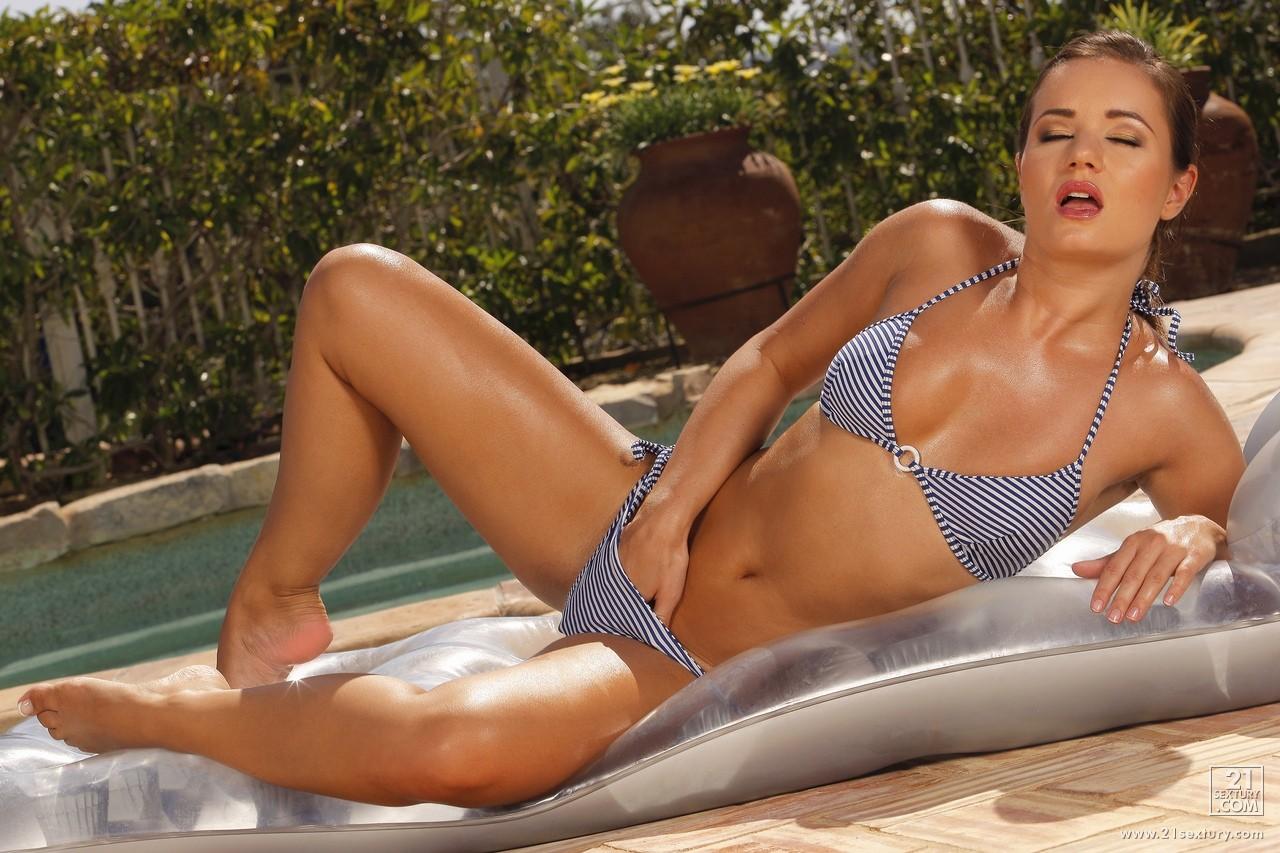 Remarkable, Hot sexy bikini babes masturbating you were