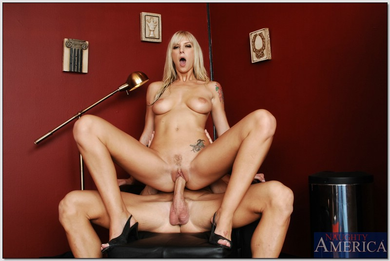 Big Tit Whore Gets Fucked Hard By Big Cocked Stud - Porn