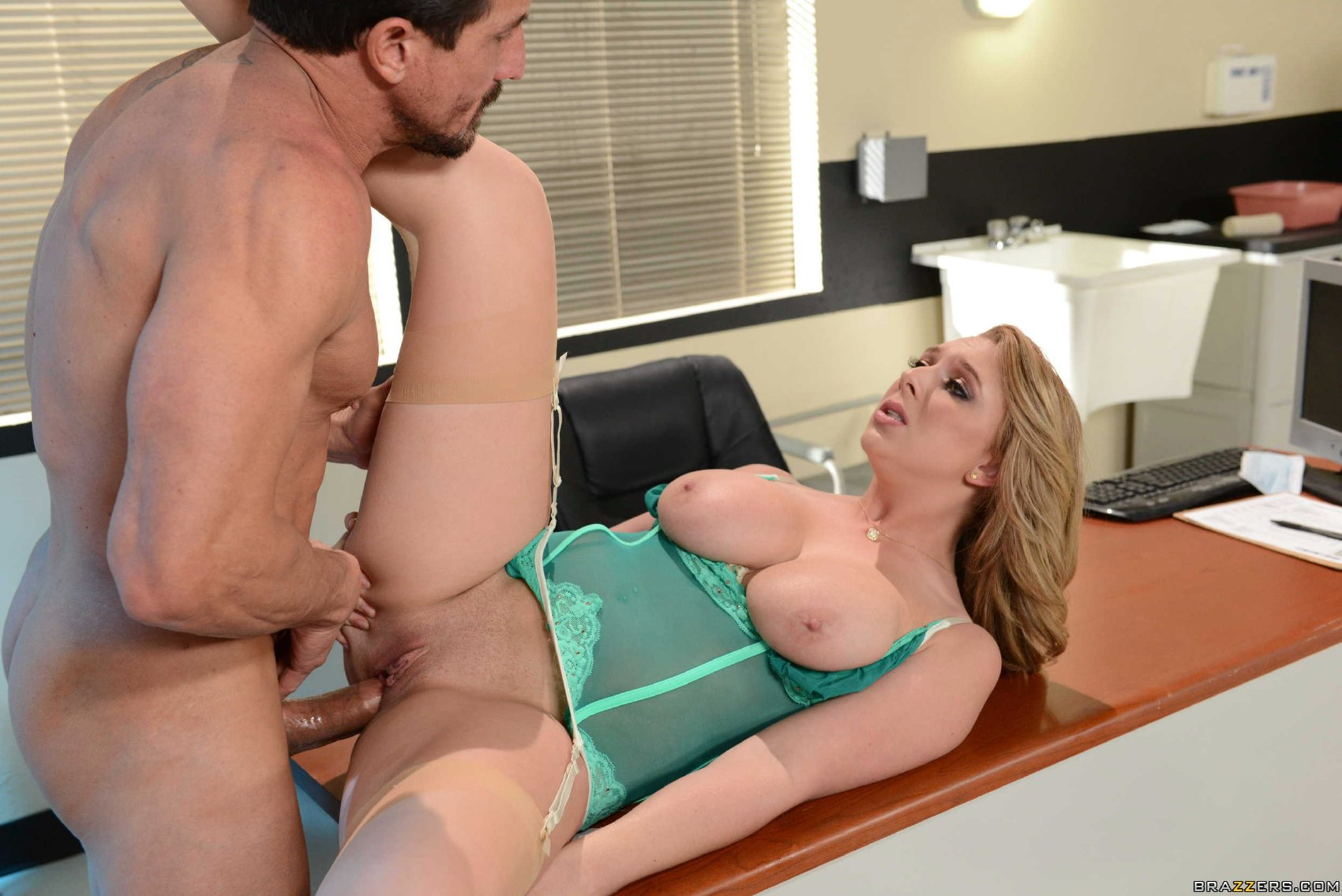 Hot Doctor Brooke Wylde In Stockings And Heels Fucking Her Patient