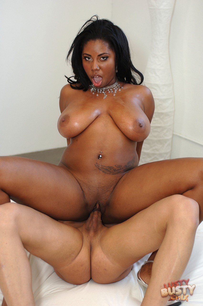 This remarkable black woman busty outdoor nude Tell