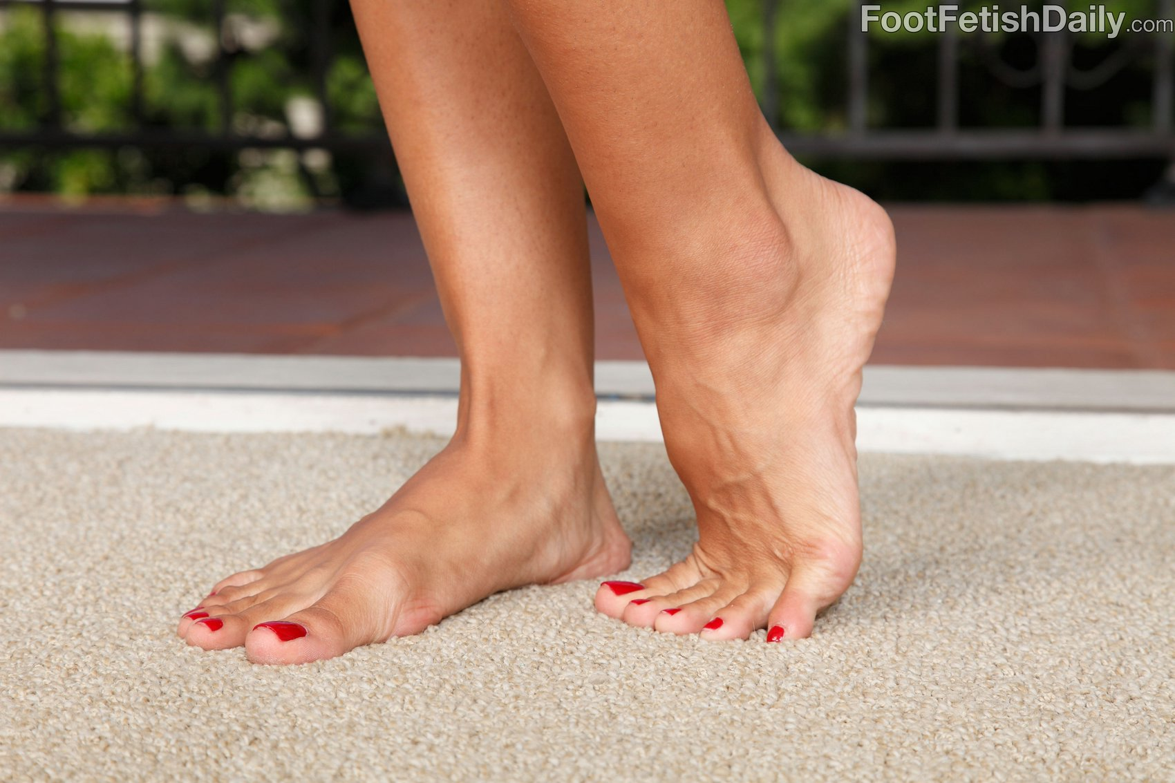 Foot Her Sexy Wife