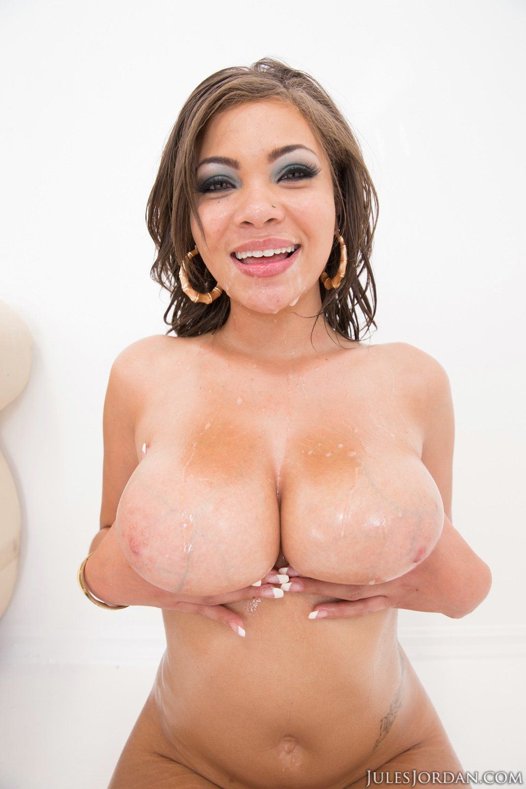 Cassidy banks oil