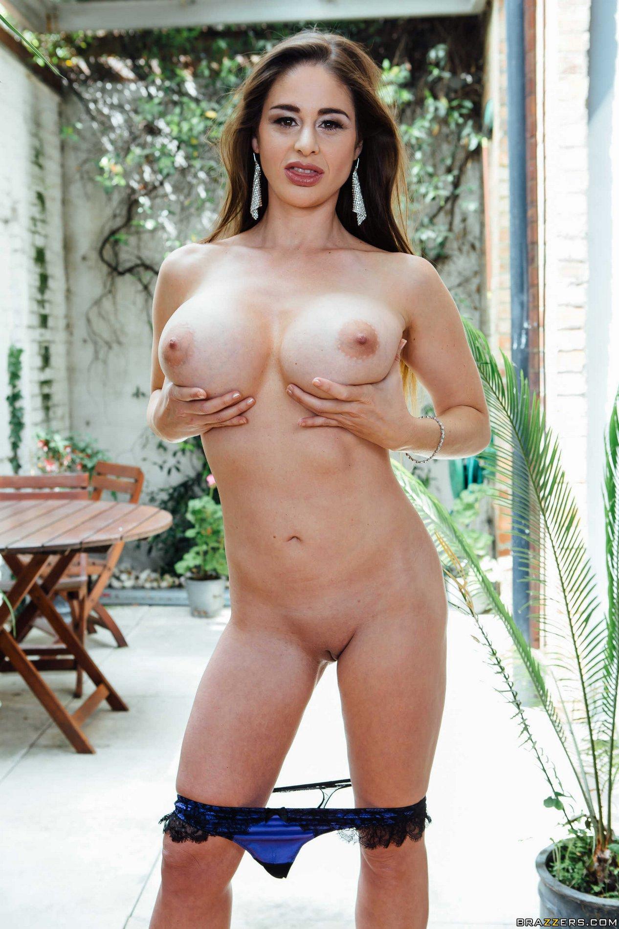 Cathy Heaven exposes her hot body - My Pornstar Book