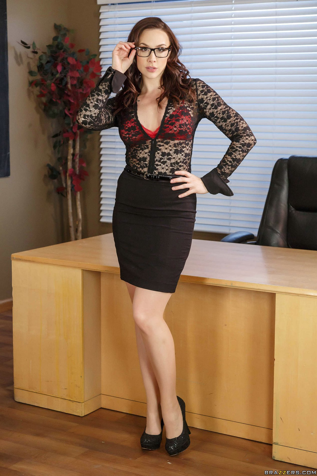 Naughty MILF Chanel Preston puts on a huge strapon and plays a kinky solo  1419616