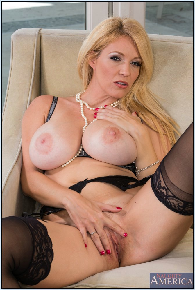 Charlee Chase In Sexy Black Stockings Posing In Front Of -4592