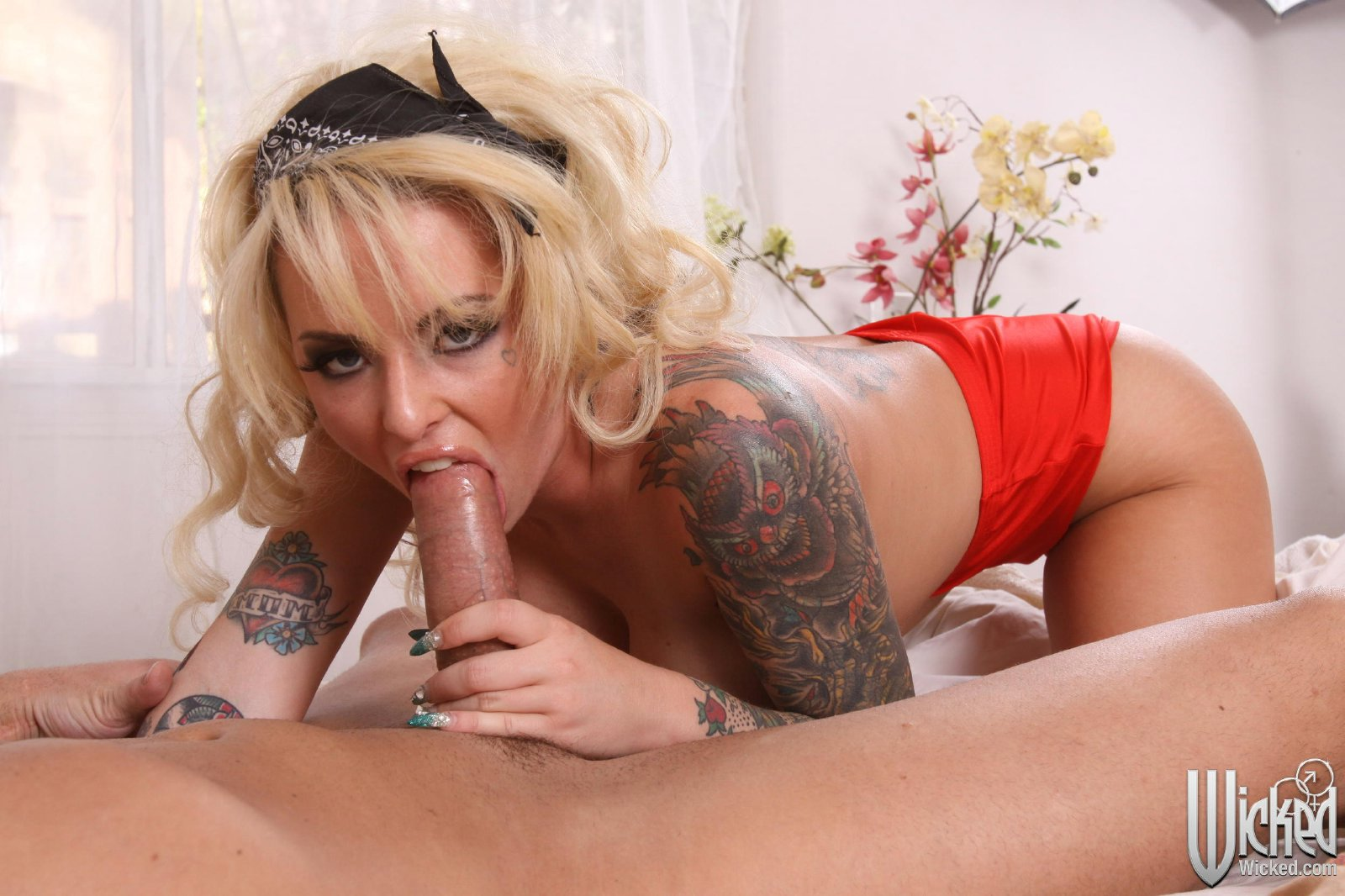 Femdom naked strong stud