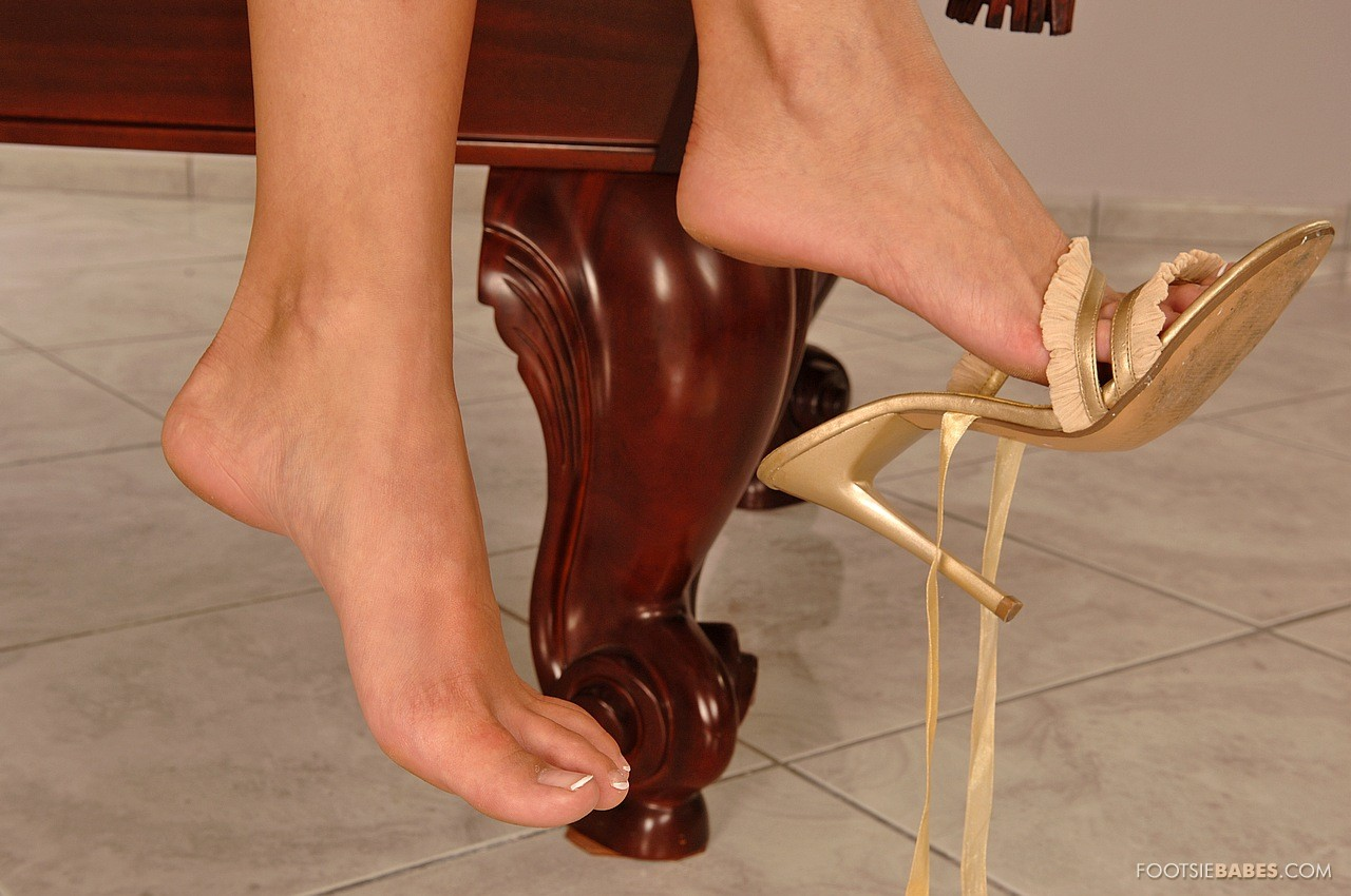 Сэкс в босоножках, В туфлях на каблуках, сапогах, босоножках - Смотреть 26 фотография