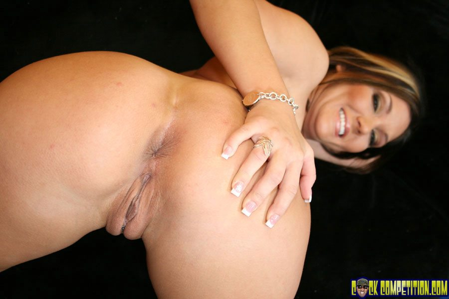 ass hole stretched