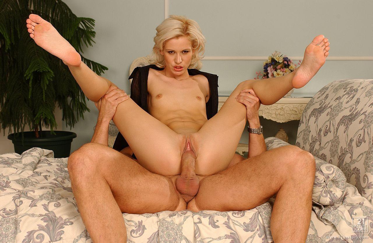 Sexy Cora alle pornos fotos big cocks gratis
