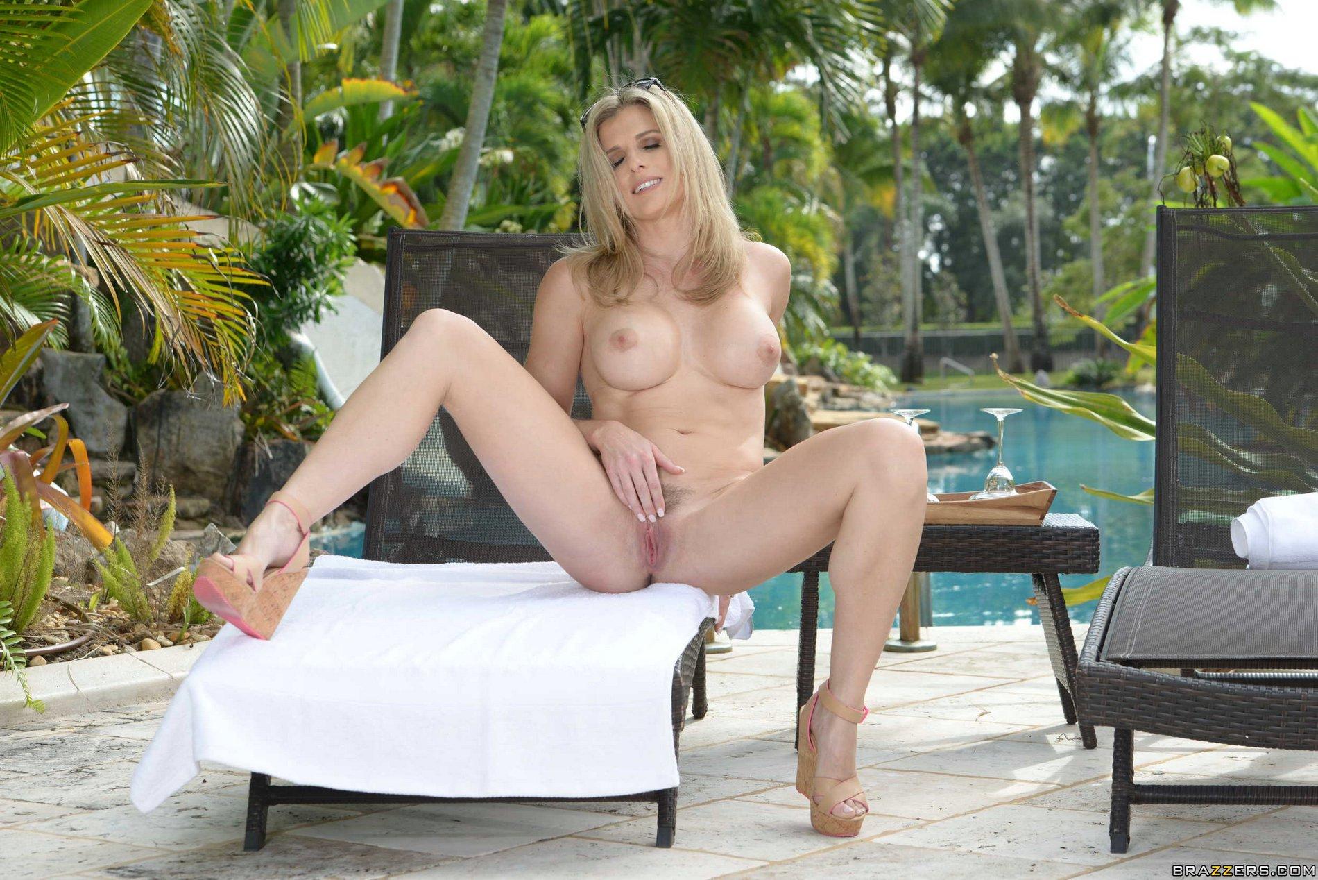 image Blonde hot blowjob at public park
