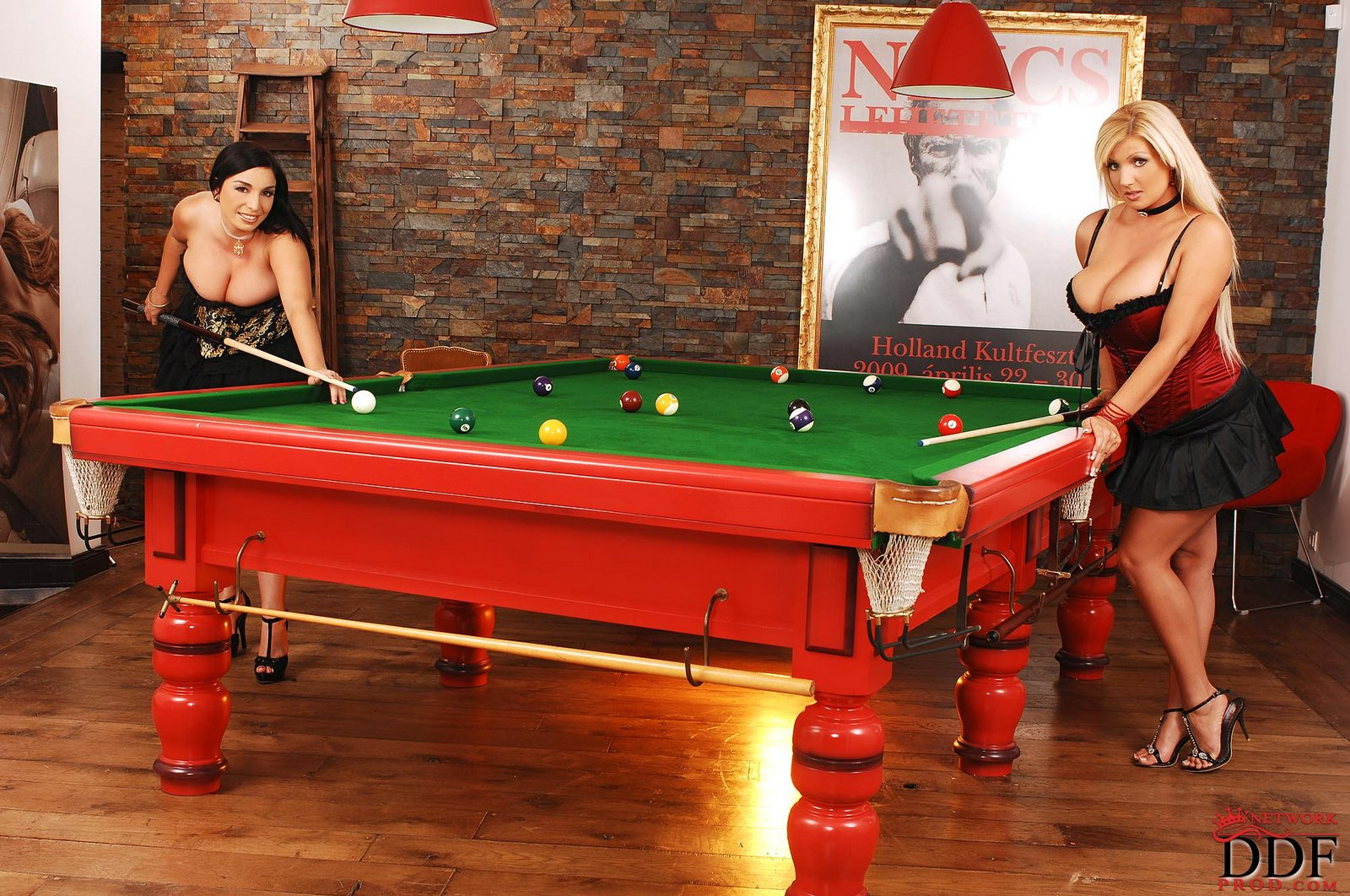 Hot sex on billiards table