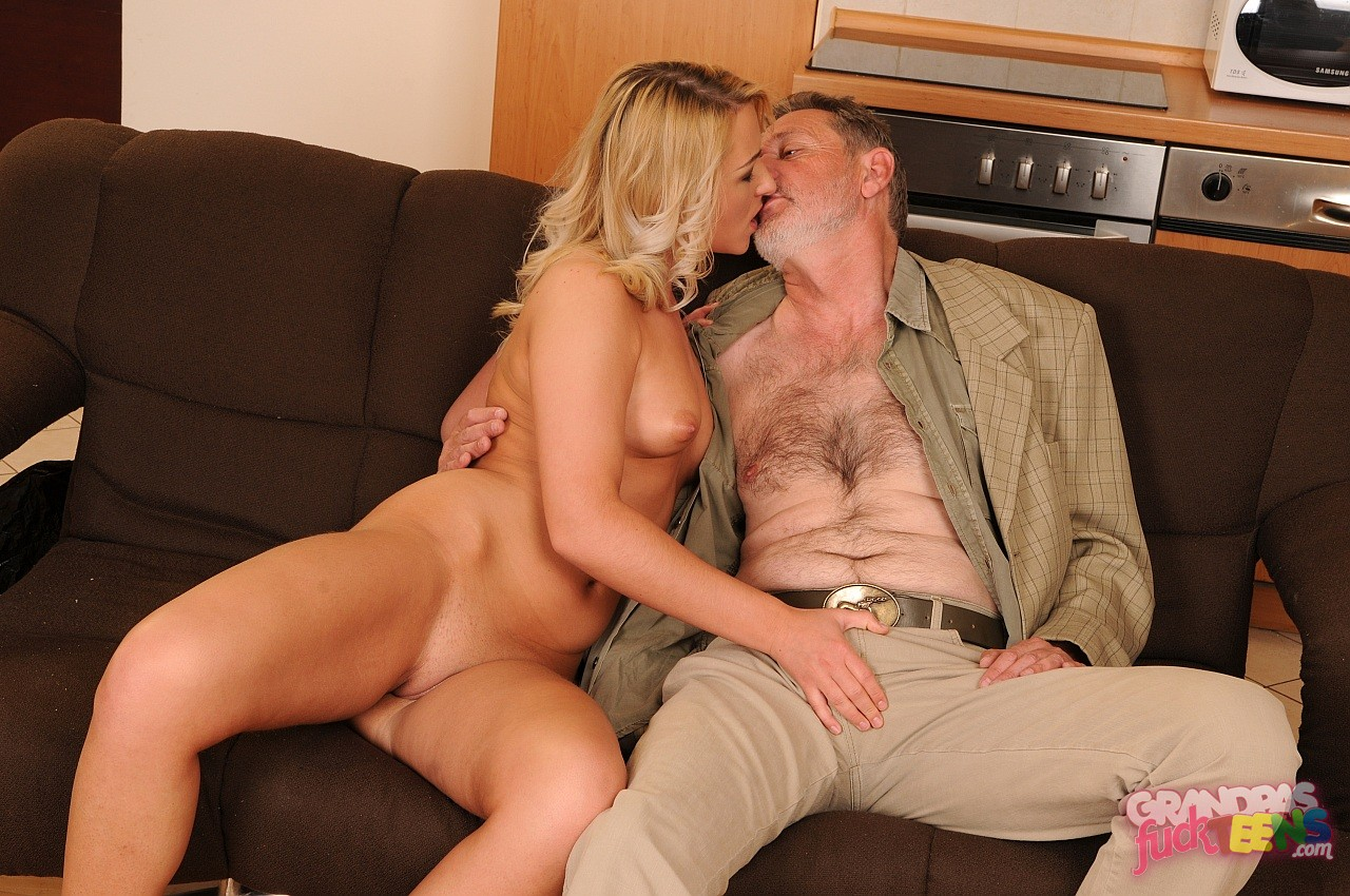 Порно рассказ муж старше