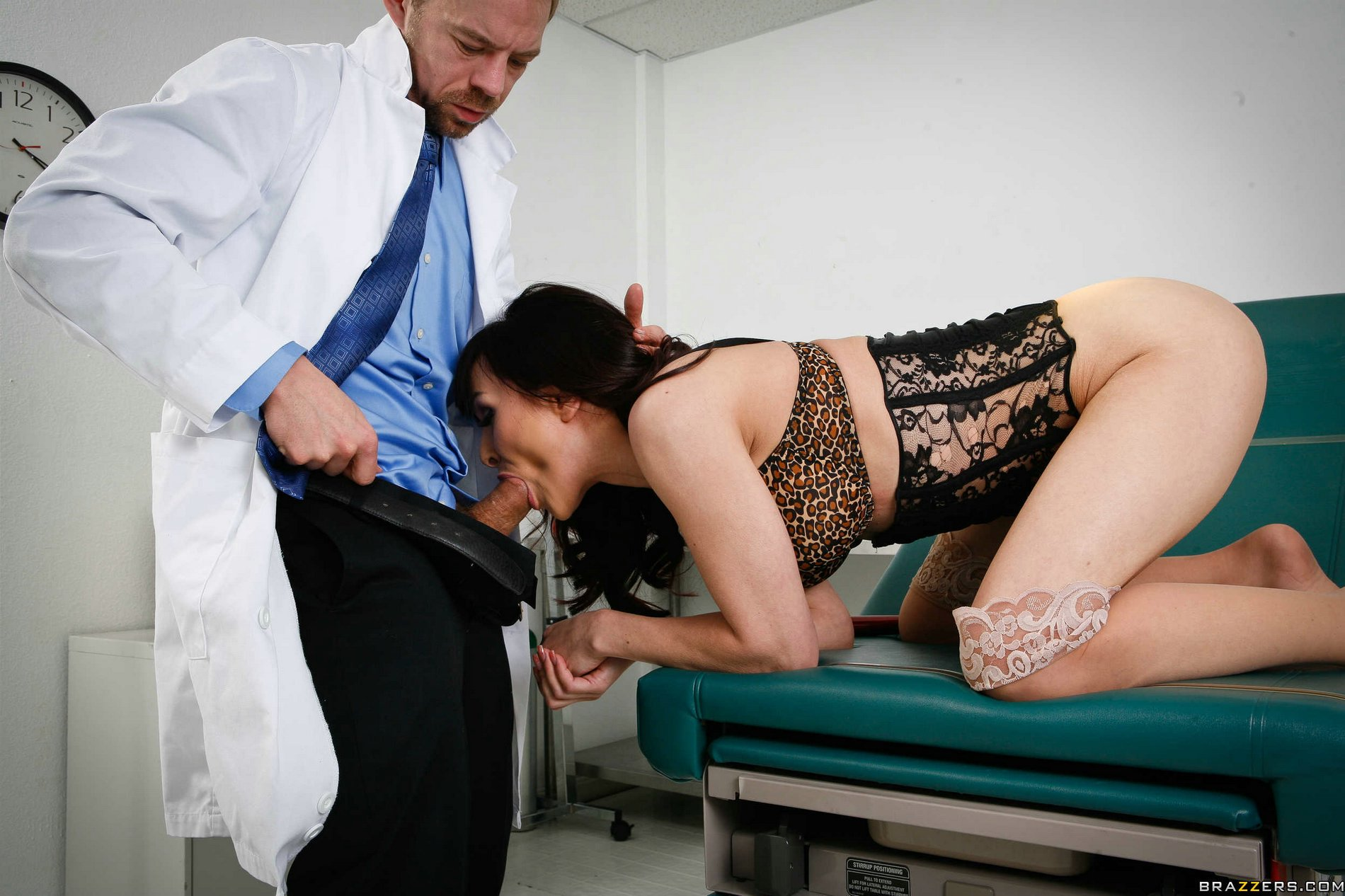Cytherea sexy patient come at doctor and get hardcore