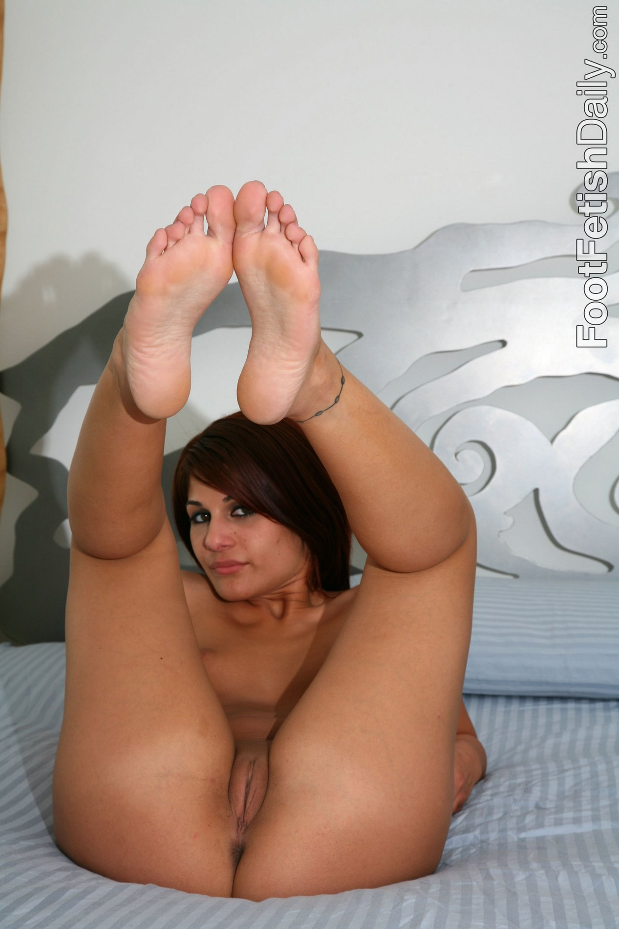 Foot her sexy all