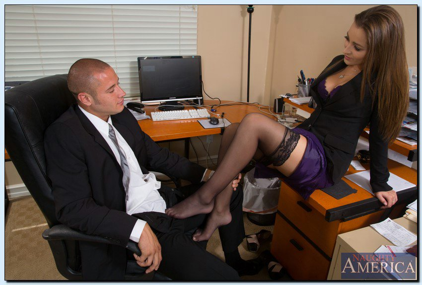 hot secretary dani daniels seducing her boss my pornstar