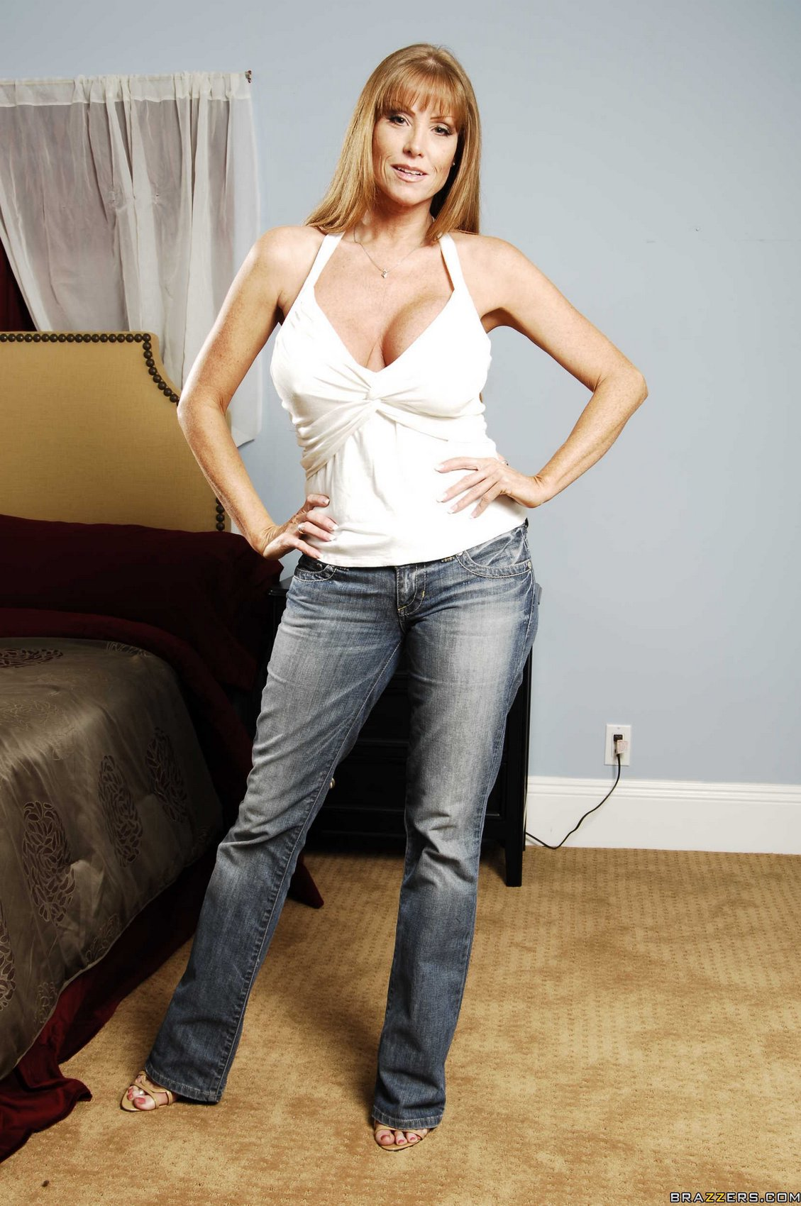 Busty stepmother Darla Crane   362554