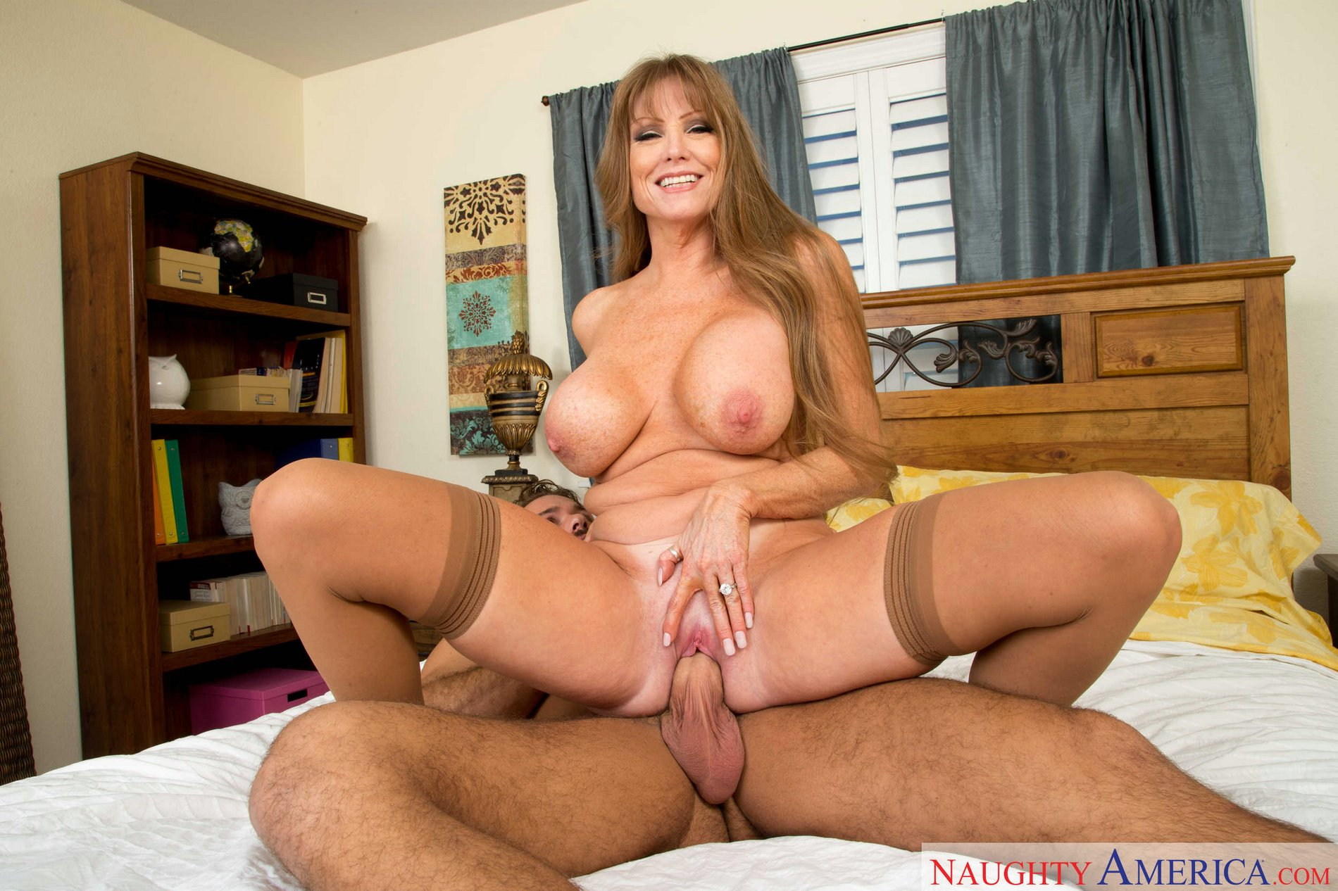 Curvaceous granny darla crane easily seduces younger guy