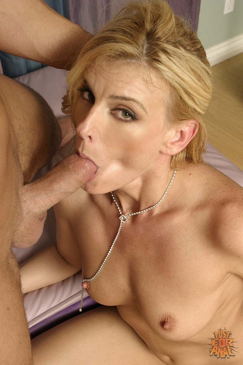 sexy milf darryl hanah enjoys huge cock in her pussy and ass - my