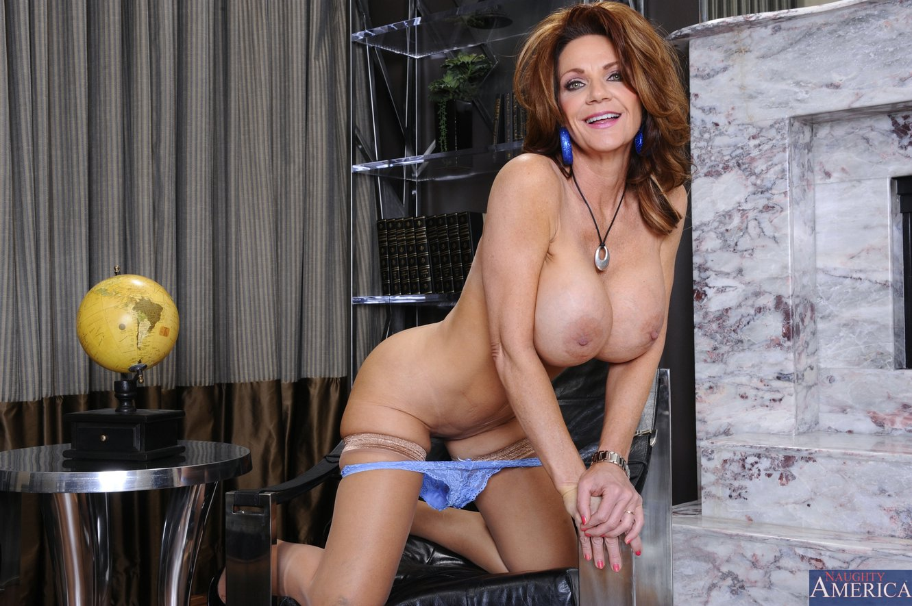 Naughty america anal deauxma