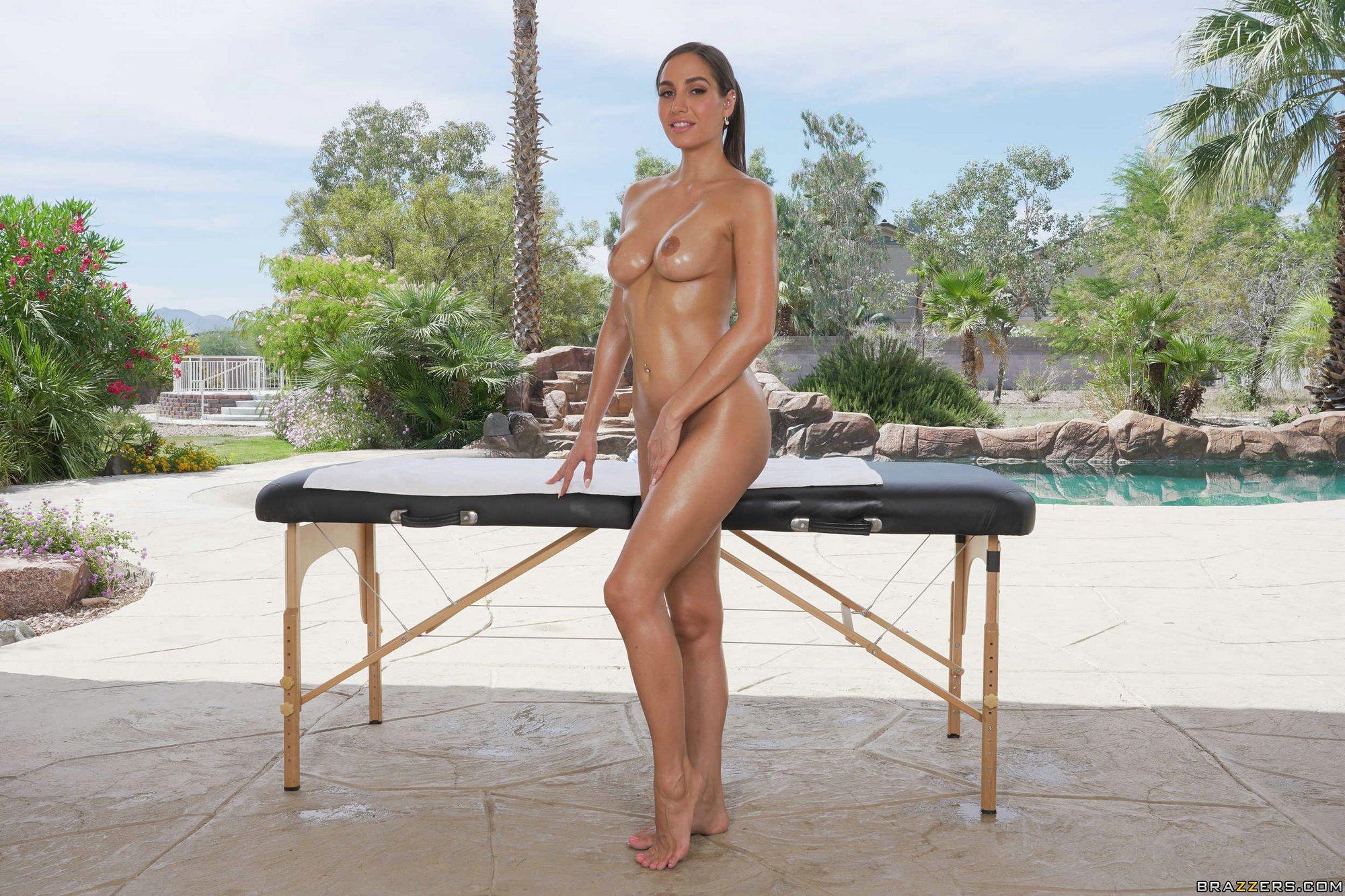 Hot brunette Desiree Dulce posing nude outdoor - My ...