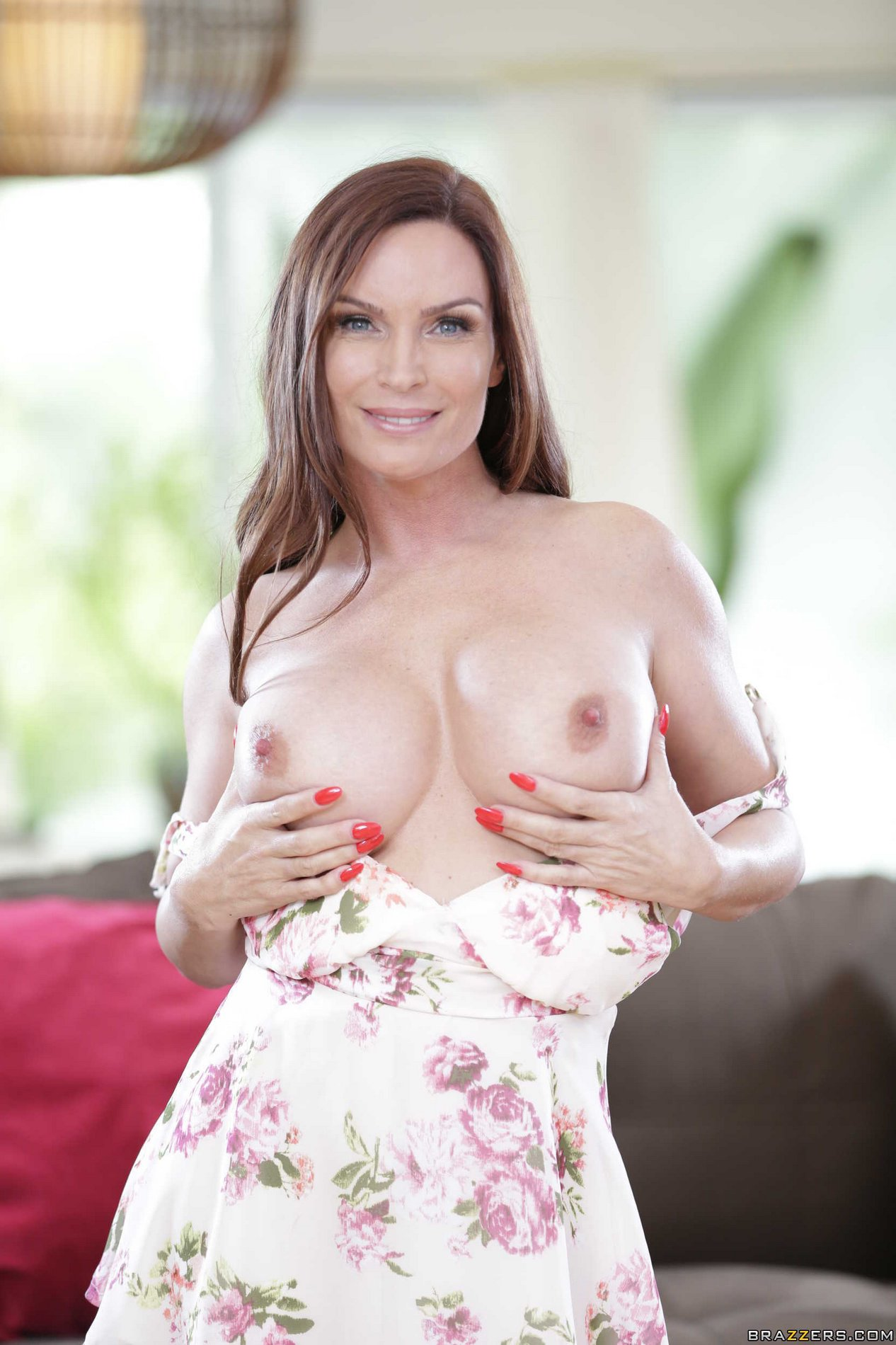 Diamond foxxx busty freaking