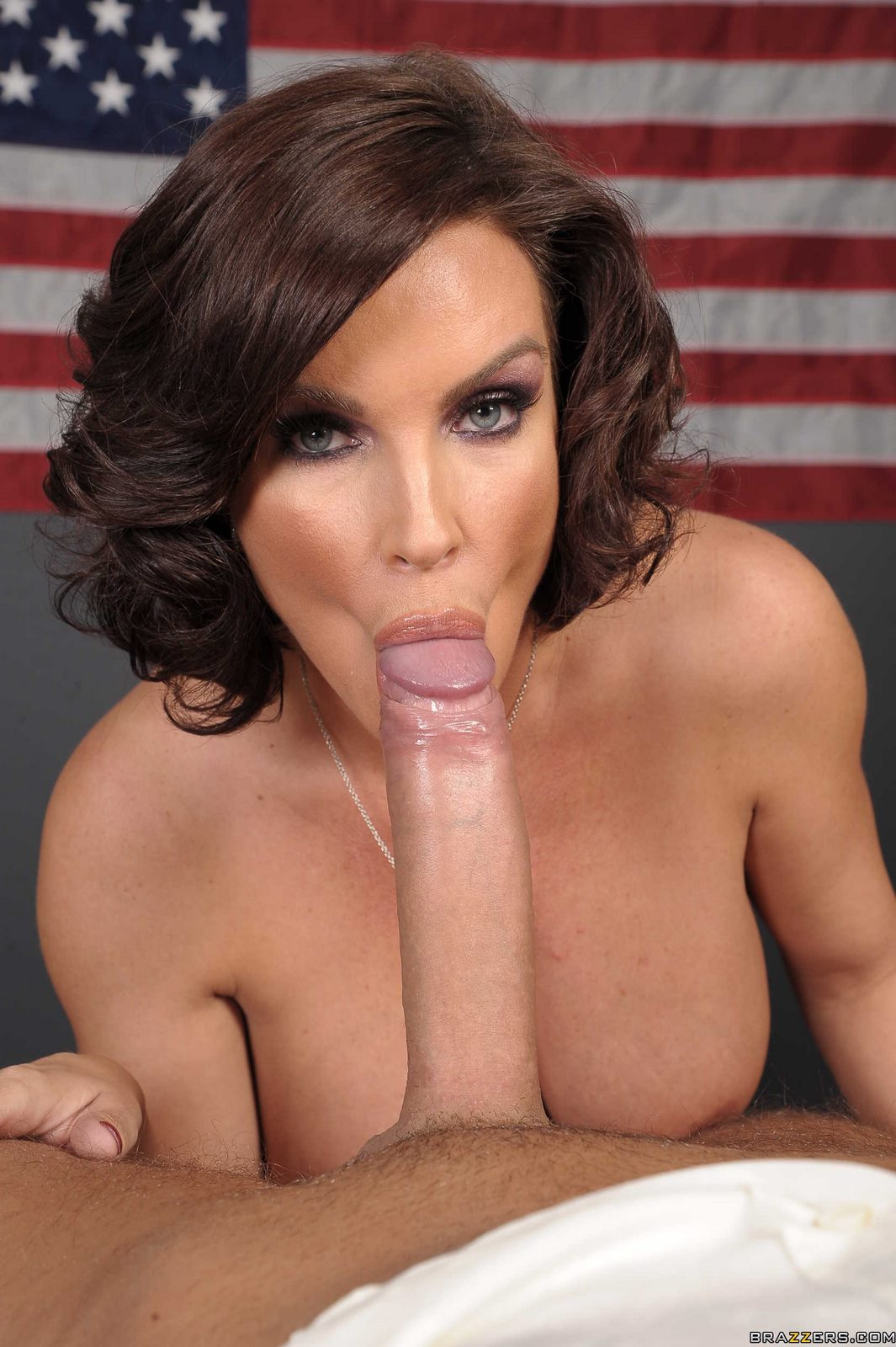 Dava foxx sucks big dicks and fucked in the gloryhole 2