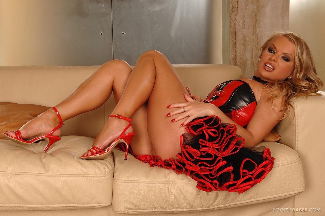 hot girl romantic sex photos