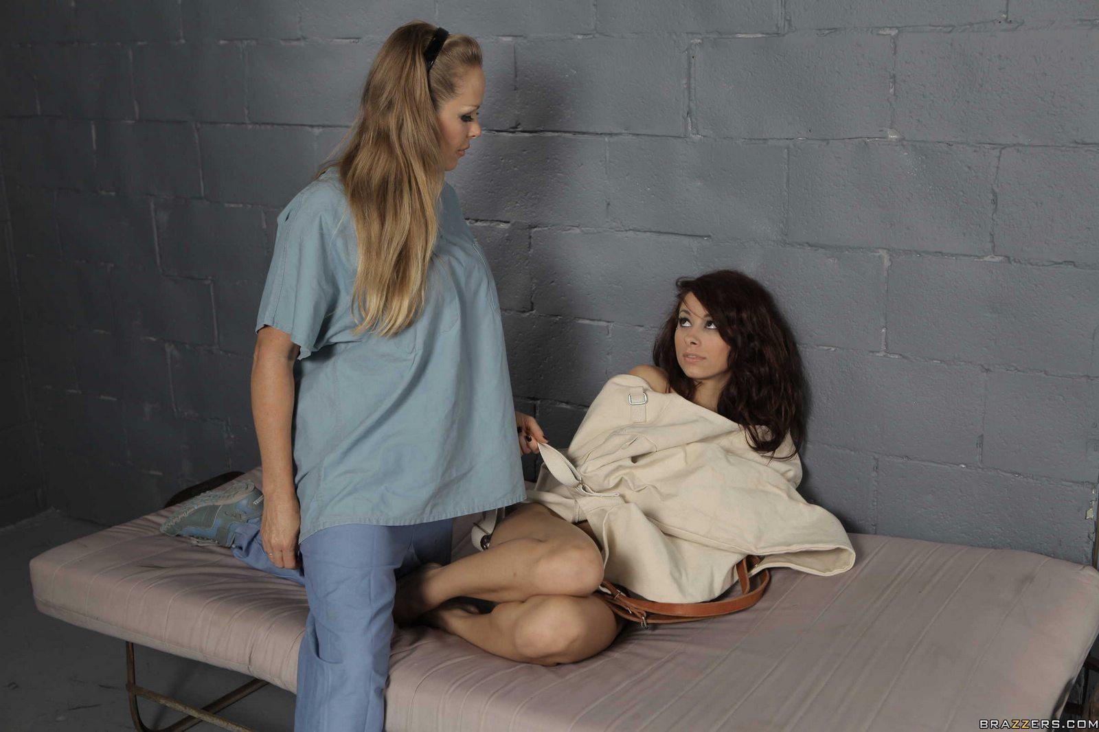 Тюрьма секс лесбиянок 13 фотография