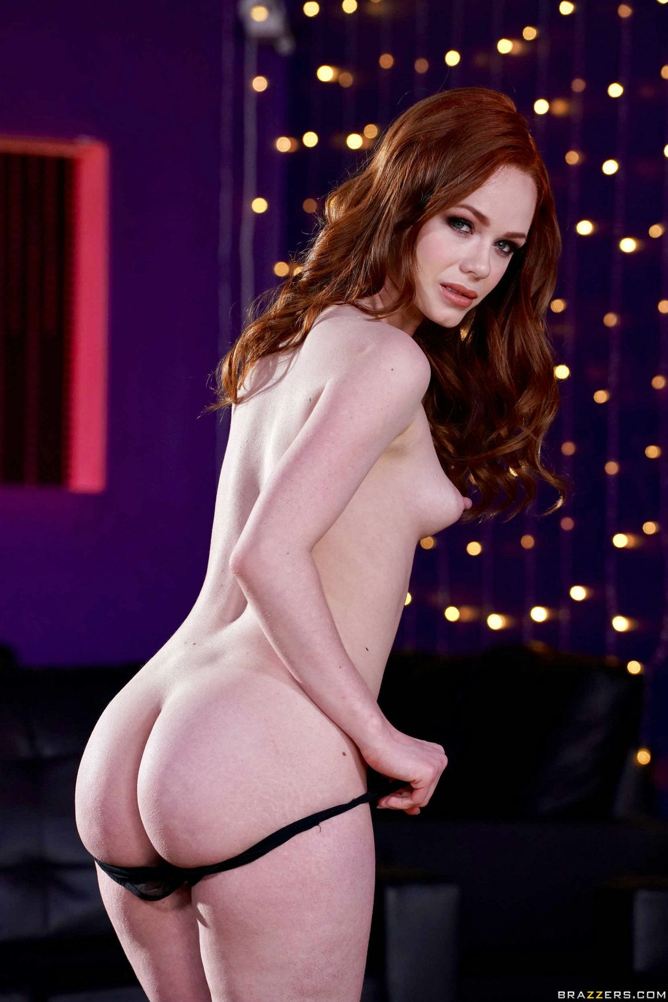 Gorgeous Redhead Ella Hughes Strips Off Her Sexy Mini -4442