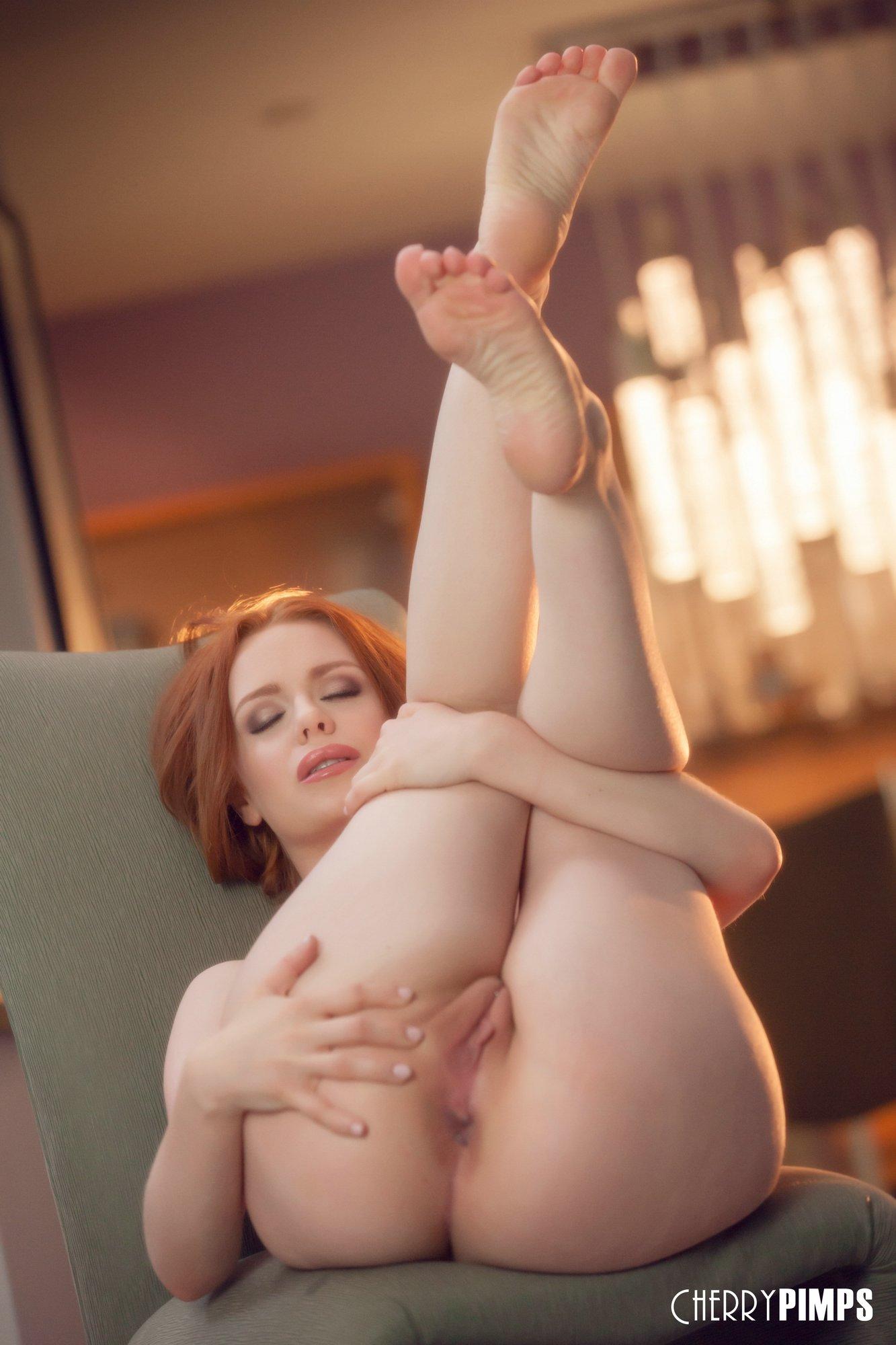 Ella Huges Porn
