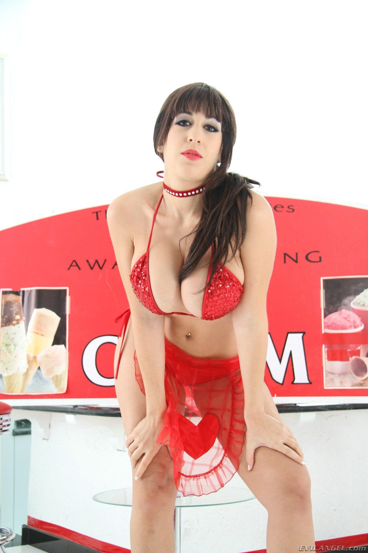 Ann angel masturbating