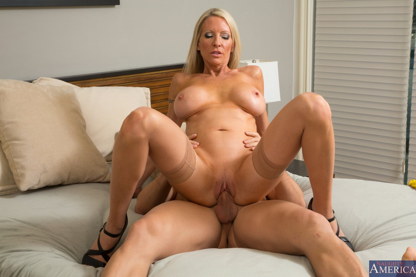 Emma Starr Porno