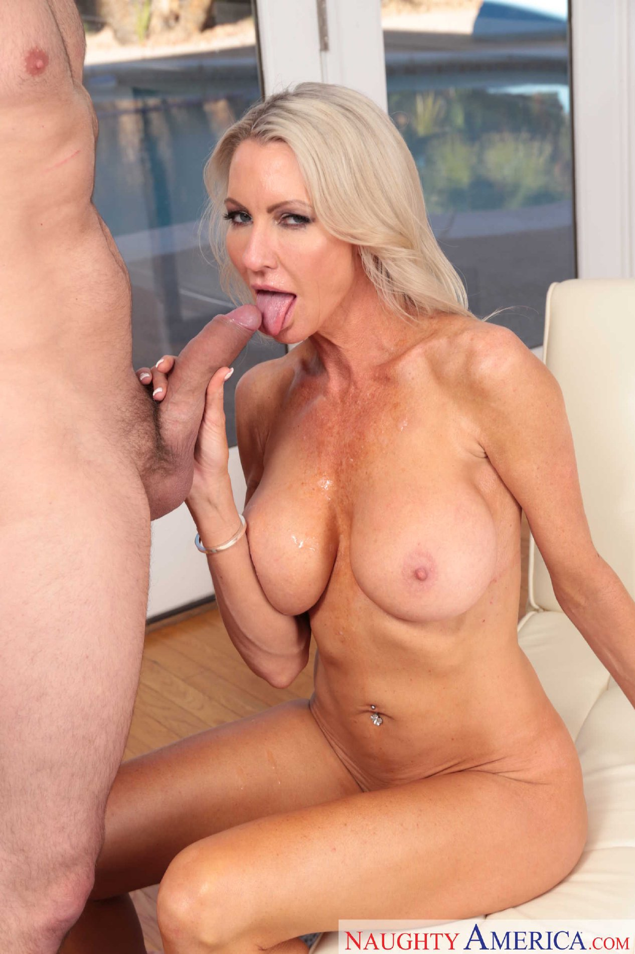 Porn star emma starr milf excited too