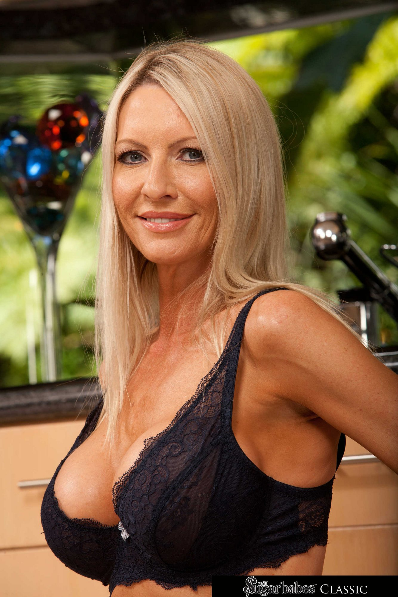 Tennessee tv milf porn pic