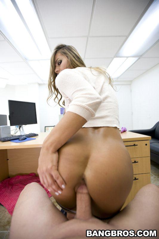 Esperanza Gomez Pov