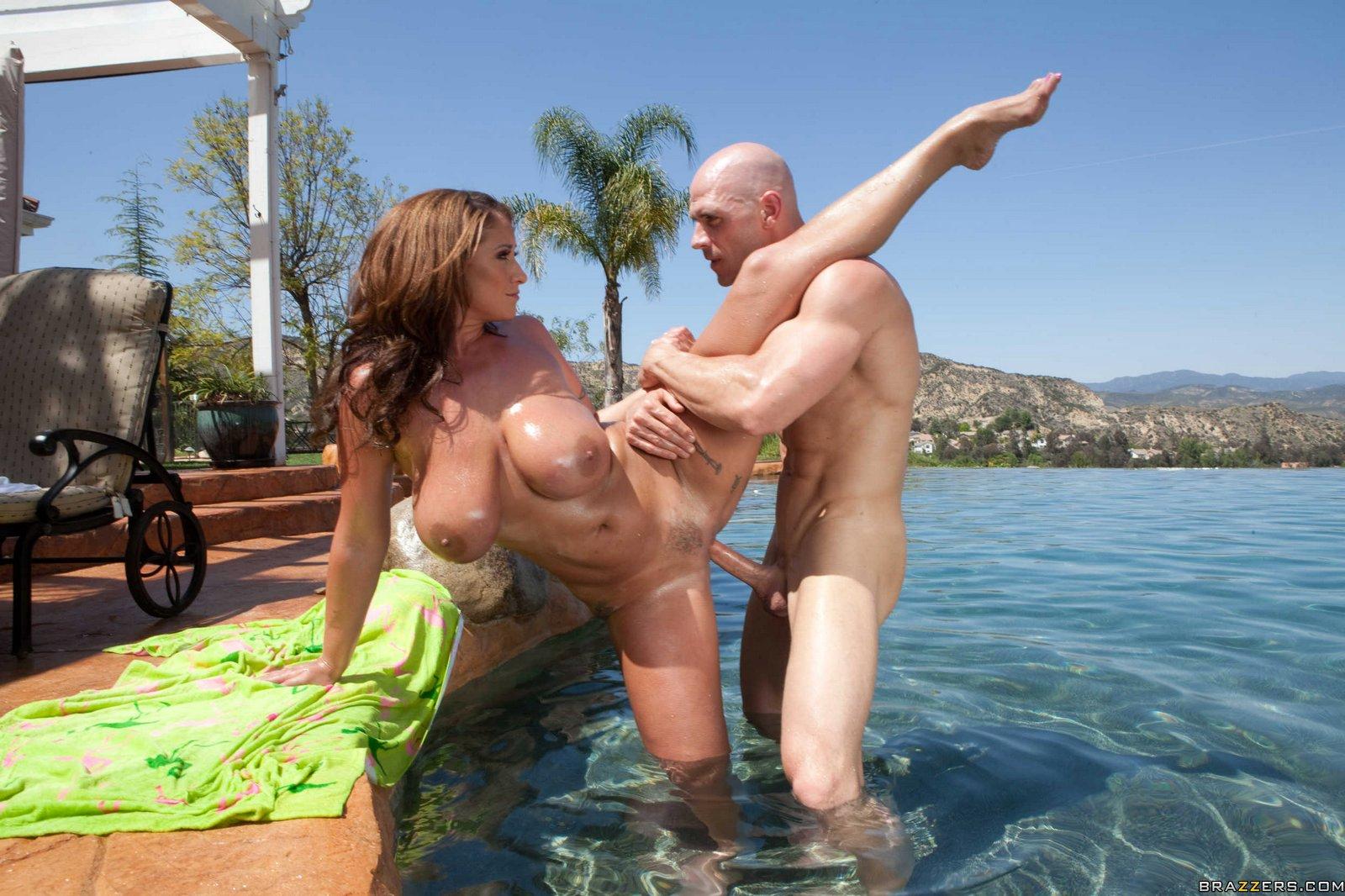Eva Notty Poolside Pounding