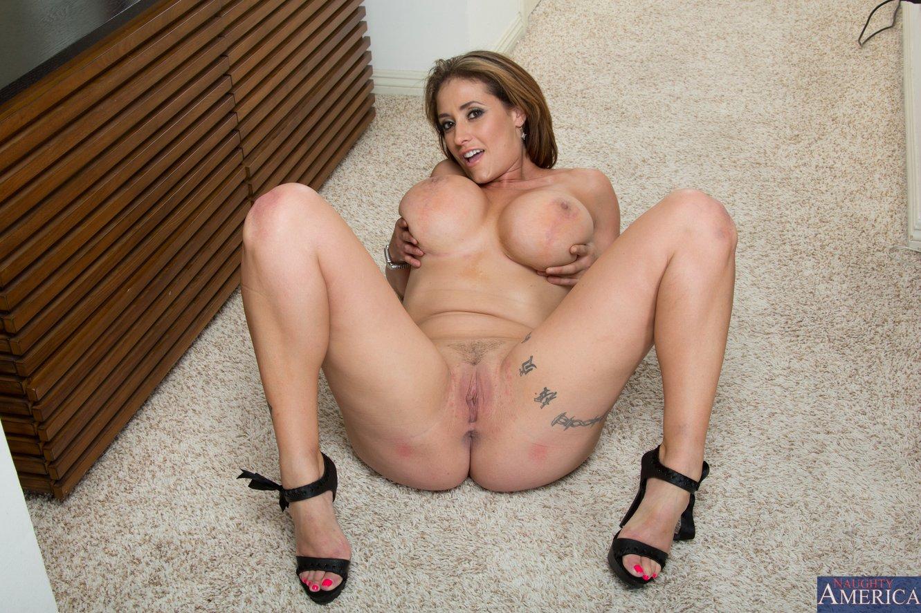 Eva notty feet