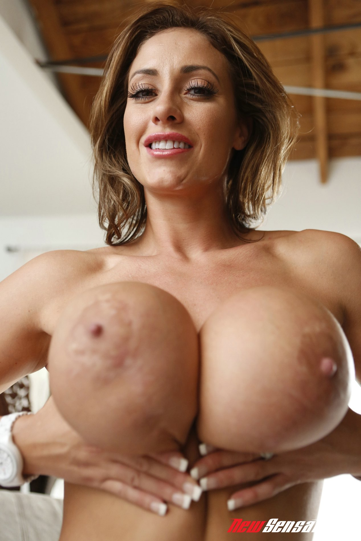 Eva notty has massive juicy boobs porn pic
