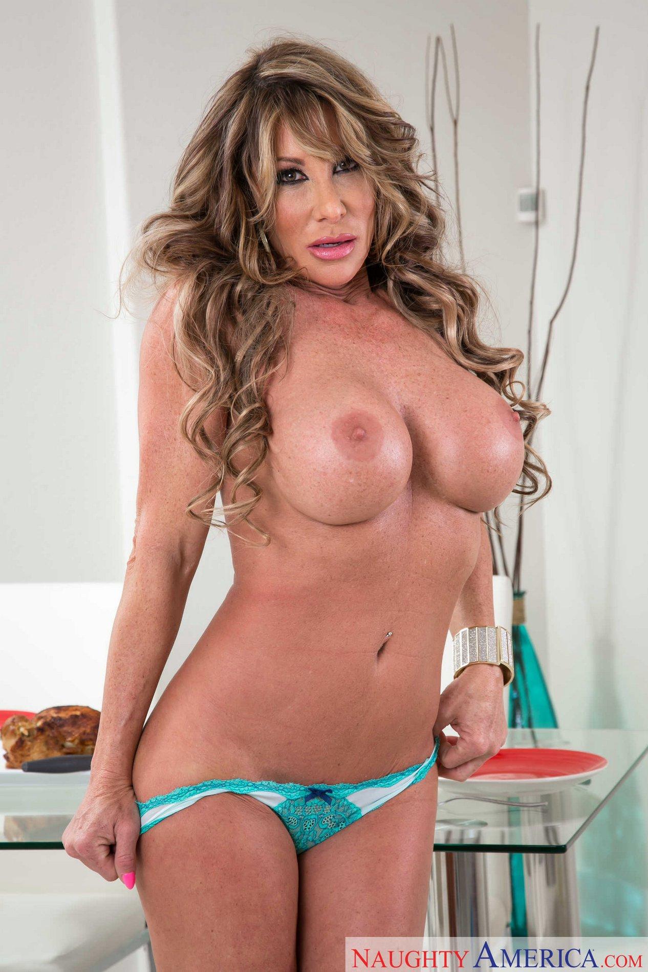 Farrah pornstar