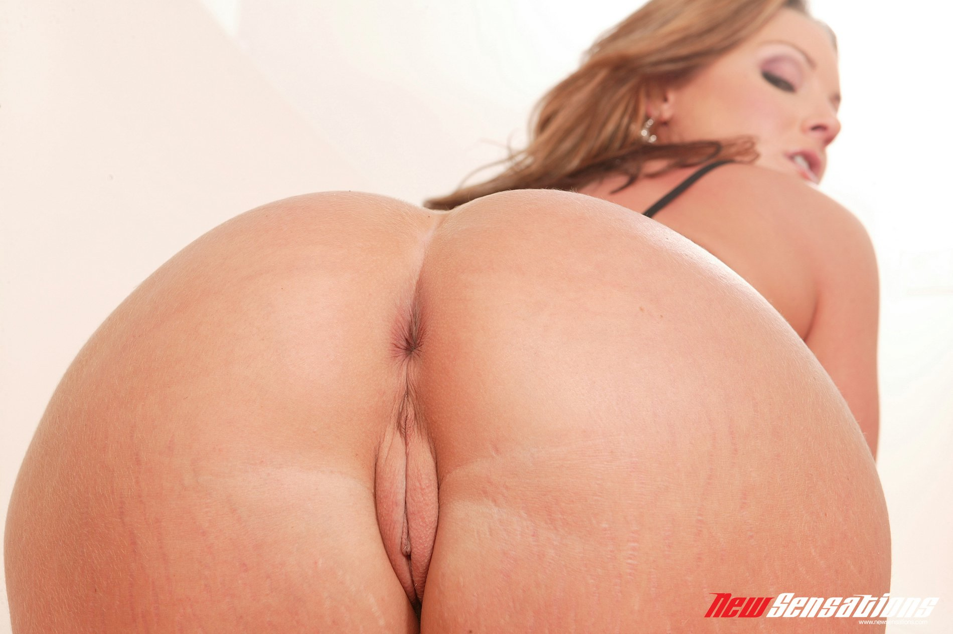 Flower tucci paying off her sonss debt 2