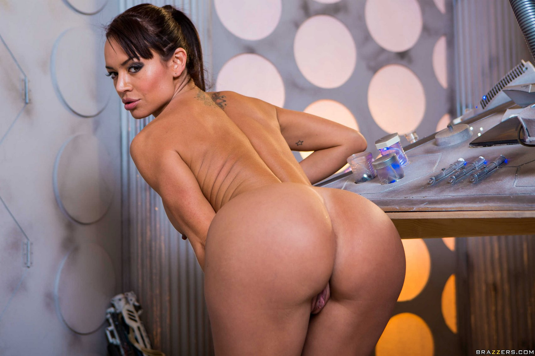 Franceska Jaimes Nude