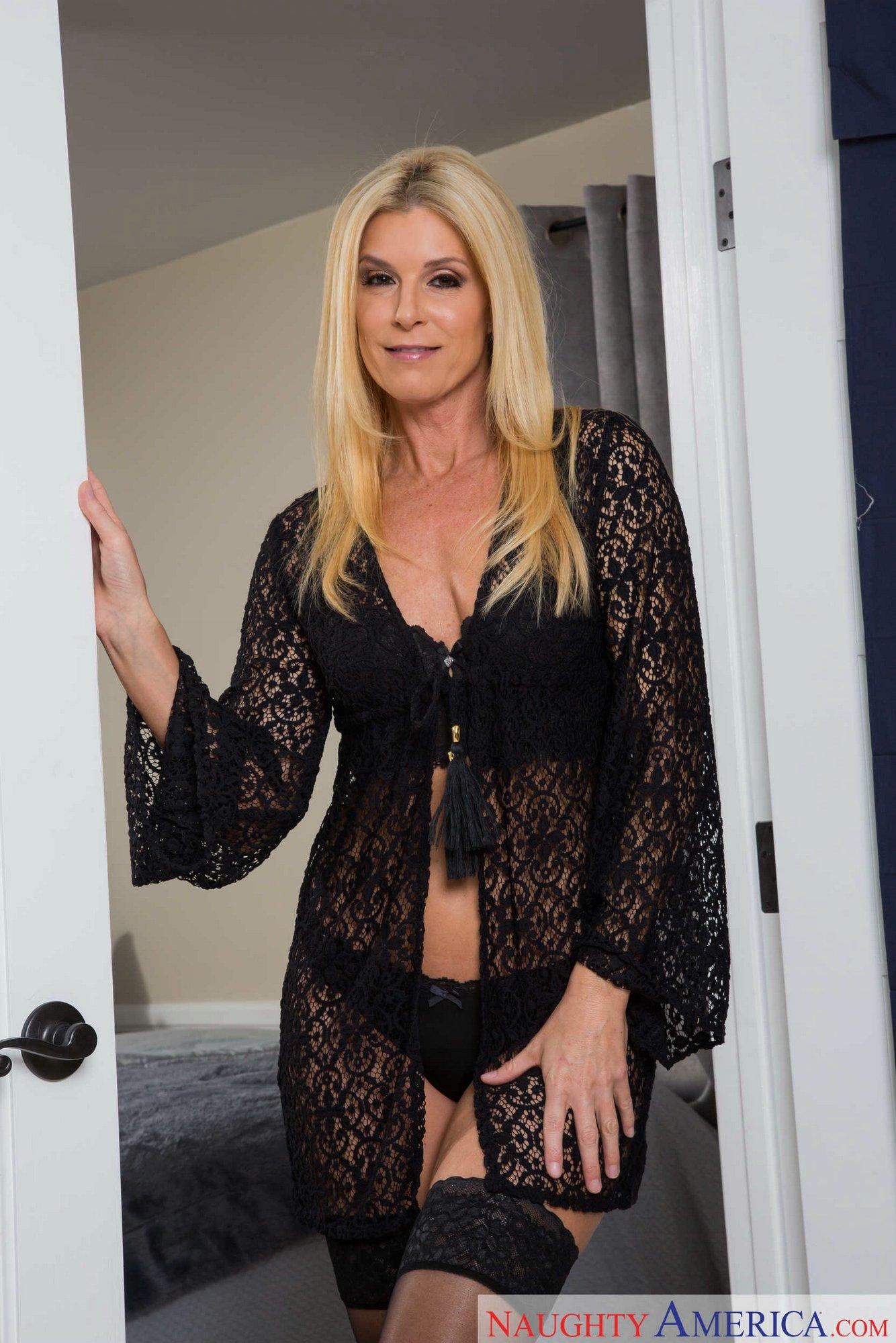 Curious naughty america blonde black dress