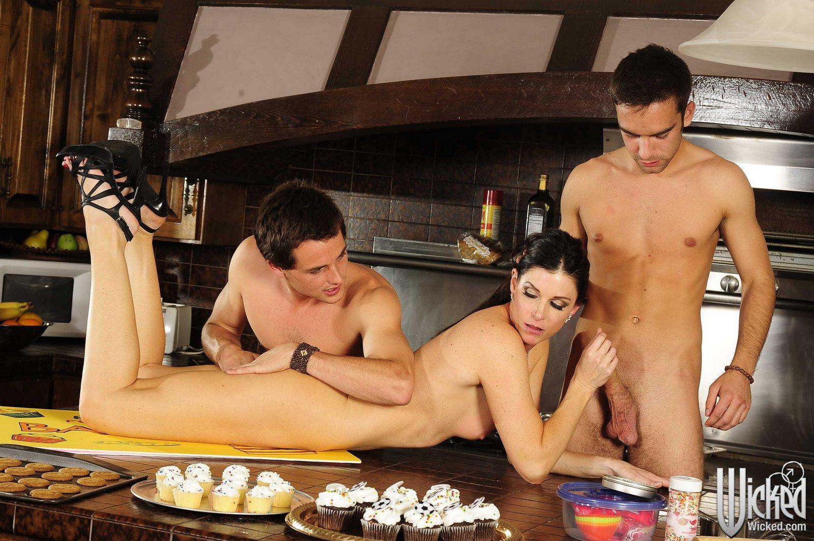 Bbw nude in public nude images
