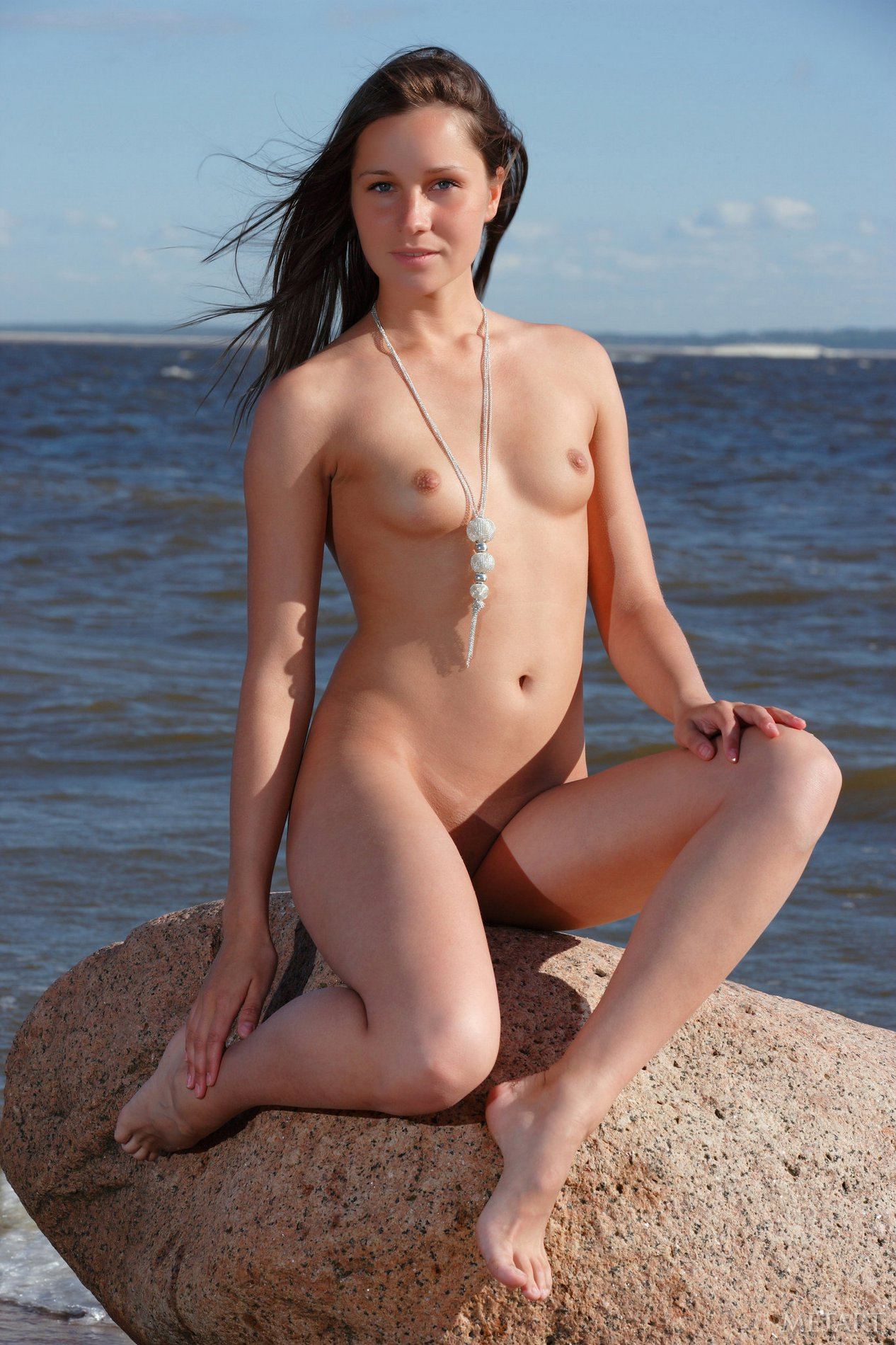 Teenage Sizzling Body On The Beach