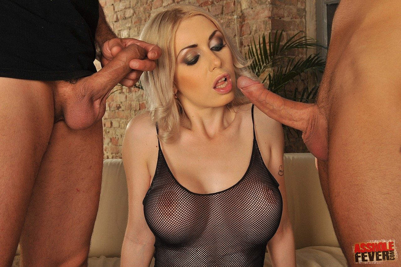 Isabella clark double anal expert