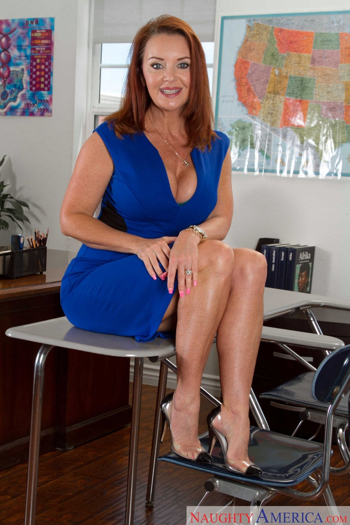 Fascinating milf beauty Ava Austin is spreading her sweet legs № 1012474  скачать
