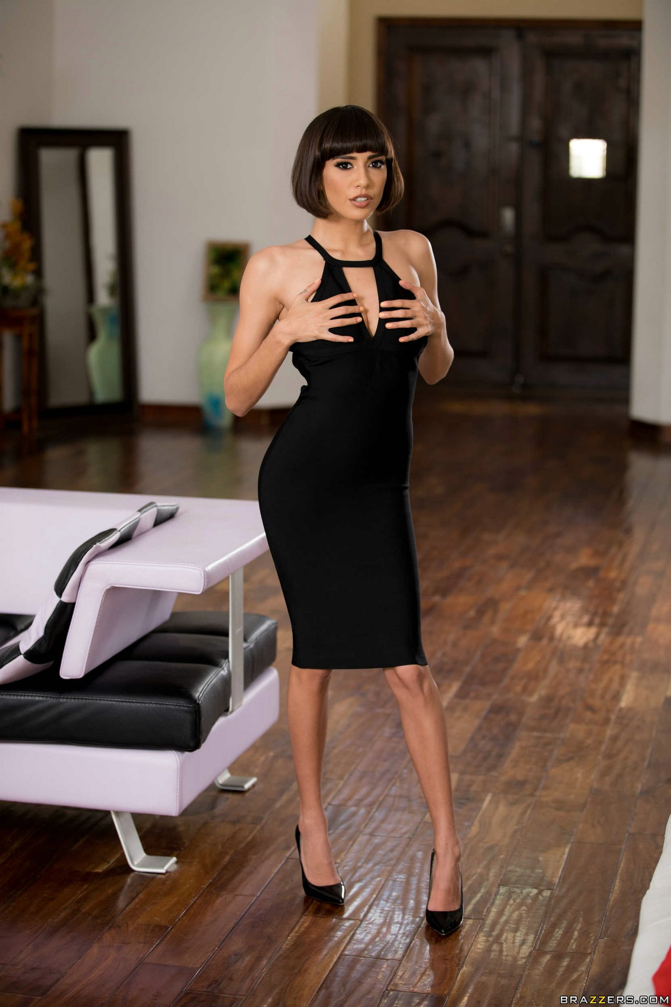 janice griffith strips her black dress and sexy underwear