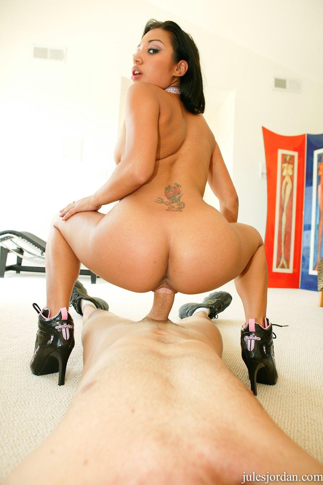pornstar riding big dick