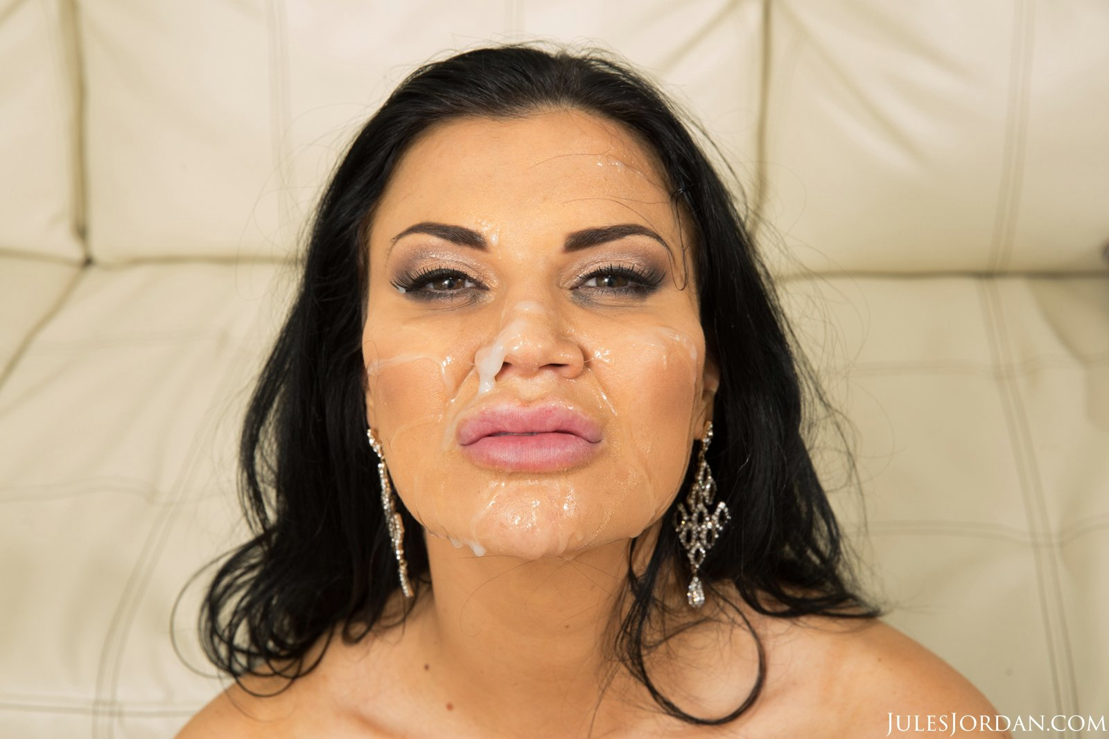Brothers Throbbing Cock Makes Jasmine Cum On Gotporn