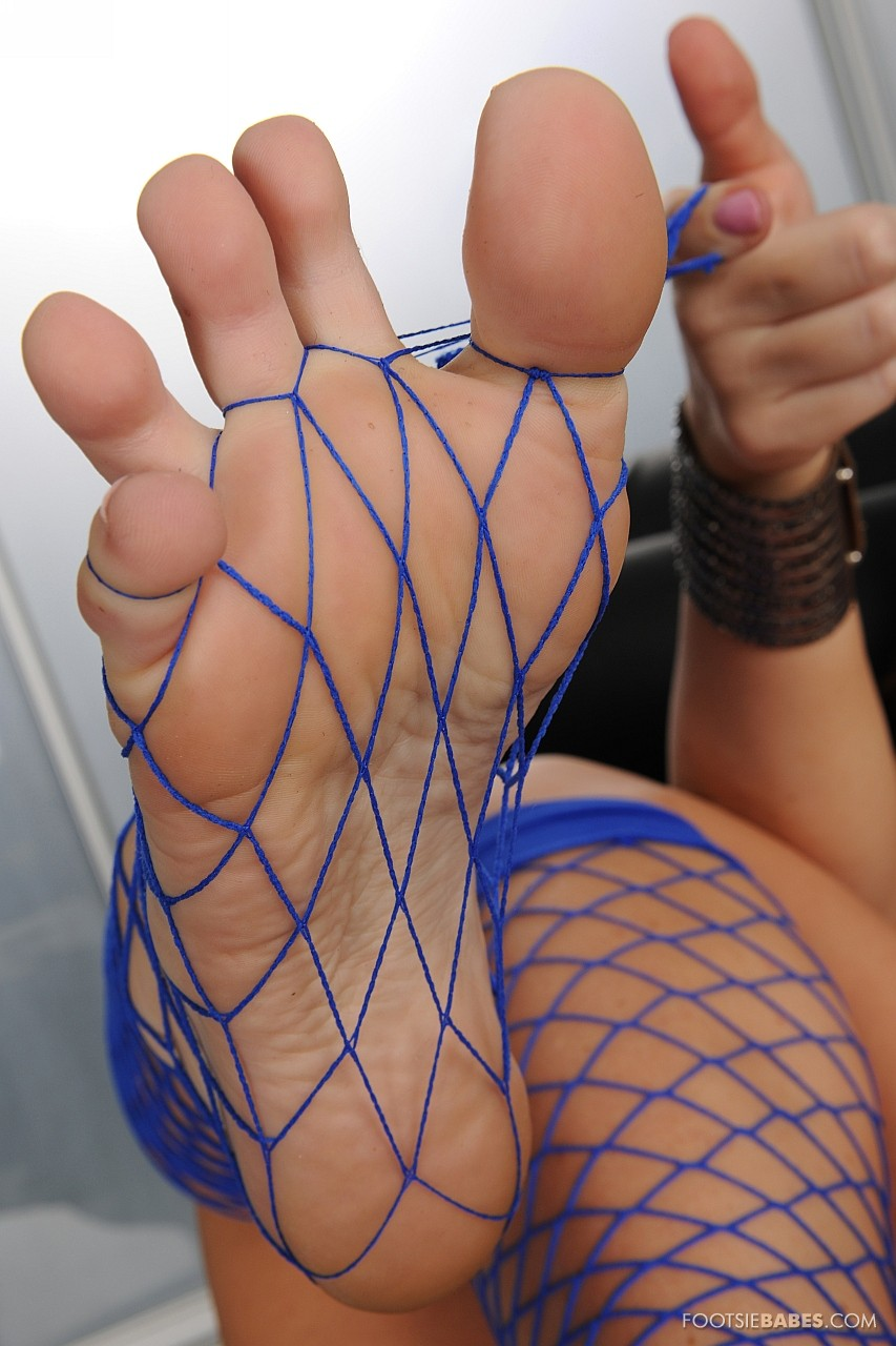 Jayden Jaymes in fishnet showing off her sexy feet and ...